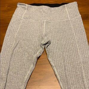 Brushed wunder unders leggings size 8
